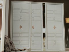 如何选择有保障的定制衣柜厂家?