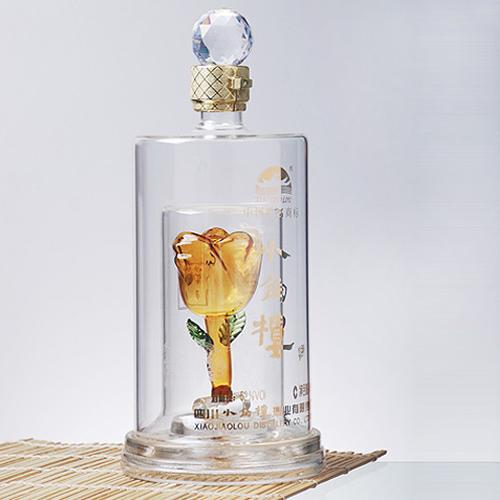 白酒玻璃瓶生产厂家订制异形手工吹制透明玻璃酒瓶