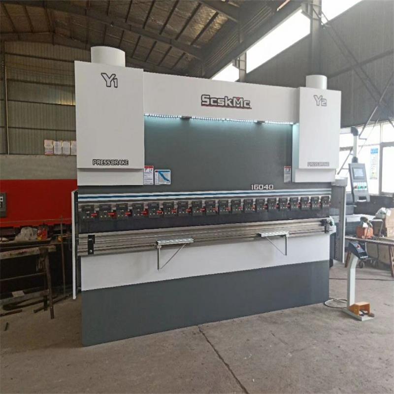 125吨不锈钢折板机   4米液压折边机  压板机