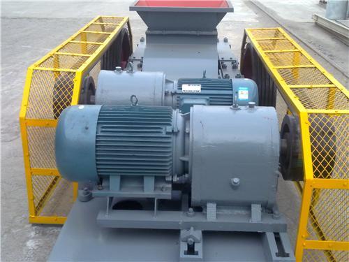 铂思特生产效率高的煤矸石破碎生产线设备,煤矸石锤式破碎机