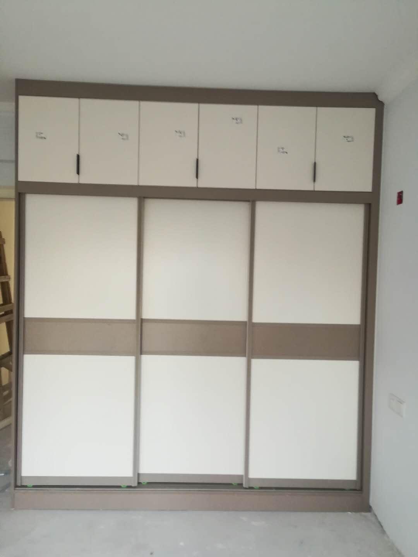 东莞衣柜 选择帝荣家具公司 放心品牌