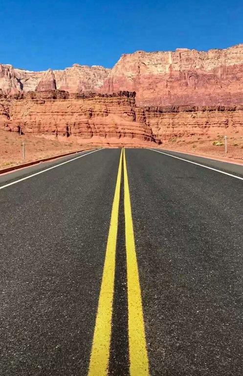南京道路划线施工_机动车车道宽度如何合理取值
