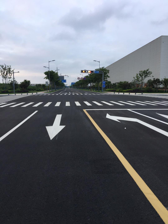 南京道路划线❖道路路段车道宽度的具体要求