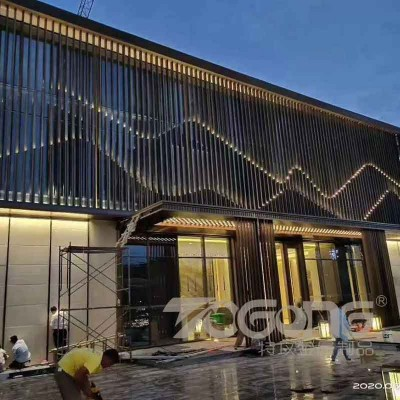 酒店不锈钢屏风装饰_大堂大型不锈钢屏风背景墙_特攻不锈钢屏风