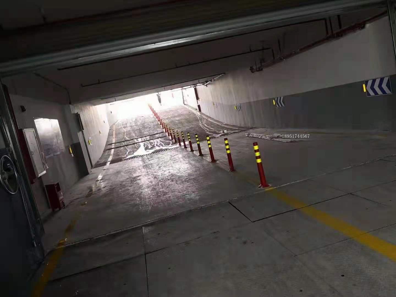 南京道路划线-南京达尊地下车库坡道式出入口应符合下列规定
